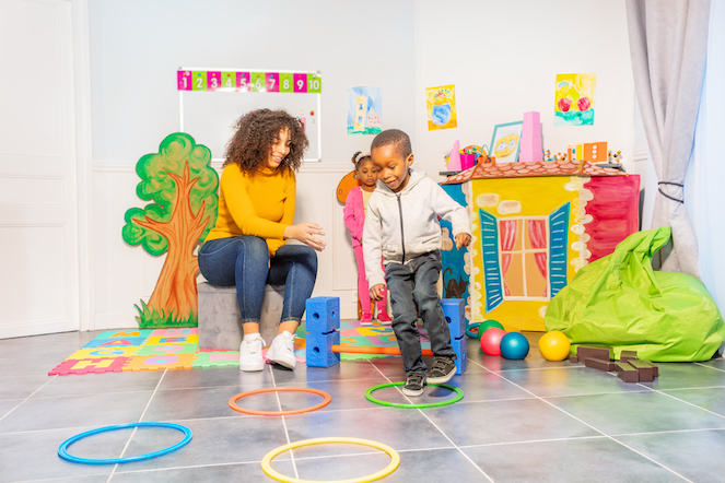 boy and girl in play therapy